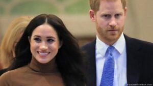 الأمير هاري وزوجته يتخليان عن الحياة الملكية