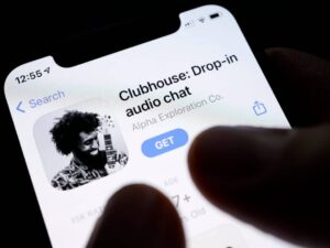 اختراق لقاعدة بيانات Clubhouse